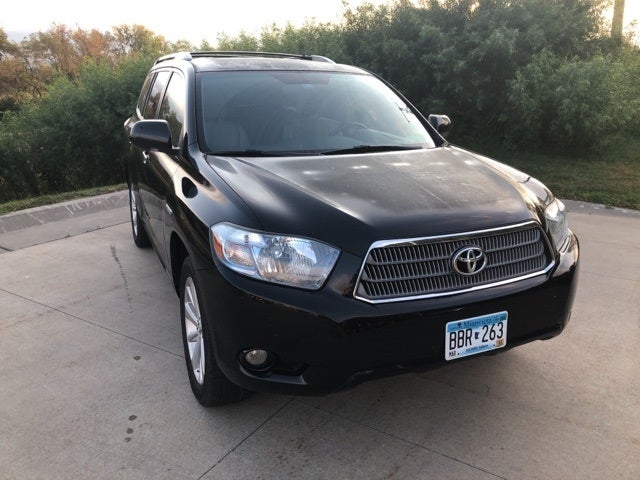 Used 2010 Toyota Highlander Limited with VIN JTEJW3EH5A2038036 for sale in Winona, Minnesota